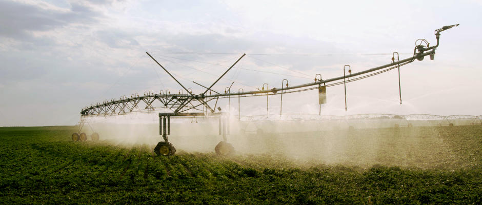 Hydrostatically Powered Pivot Irrigation